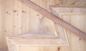 Лестницы из лиственницы – отличная идея для интерьера