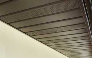 Подшив крыши софитами