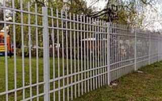 Металлический забор секционный – в чем секрет высокой популярности