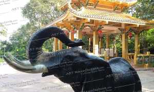 """Слоны в """"интерьере"""""""